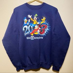 Walt Disney World 2013 Sweater   Disneyland Small